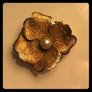 Jewelry - Vintage 12k Gold-Filled Brooch